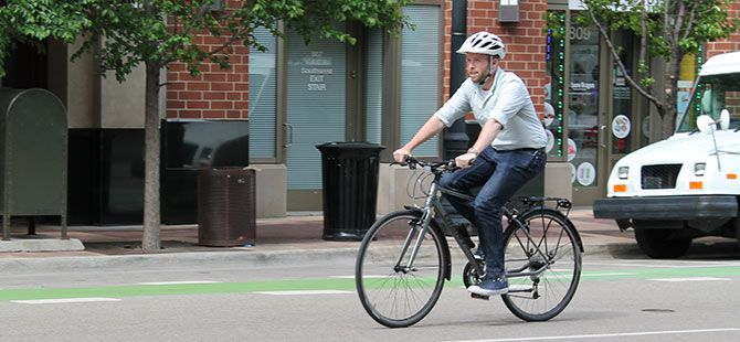 Loaner Bike Encourages Pedaling to Meetings